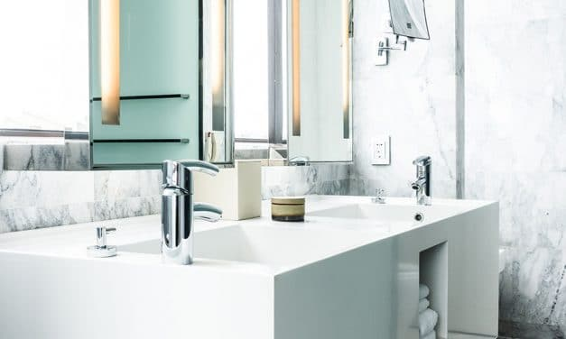 8 astuces pour éliminer les traces de moisissures dans la salle de bain